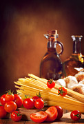 Italian Meal Posters - Spaghetti Pasta With Tomatoes and Garlic Poster by Christopher and Amanda Elwell