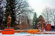Spartans Prints - Sparty in winter  Print by John McGraw