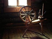 Handcrafted Art - Spinning Wheel by Maigi