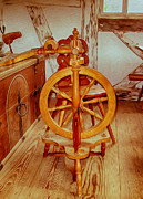 Handcrafted Art - Spinning Wheel by Omaste Witkowski