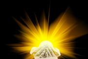 Simon Bratt Photography LRPS - Spiritual light in cupped hands