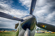 Guy Whiteley - Spitfire Prop   7D03705