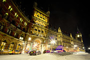 London Taxi Prints - St Pancras by night  Print by Rob Hawkins