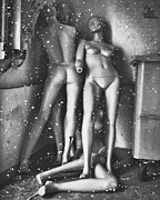 Doll Photo Originals - Stasis by Philip Sweeck