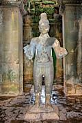 Joerg Lingnau - Statue at Angkor Wat