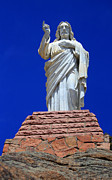 Rocky Statue Photos - Statue Of Jesus by Shane Bechler