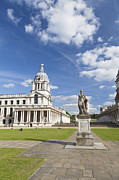 Royal Naval College Metal Prints - Statue of King George II as a roman emperor in Greenwich Metal Print by Stefano Baldini