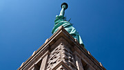 Thomas Richter Metal Prints - Statue Of Liberty - New York City Metal Print by Thomas Richter