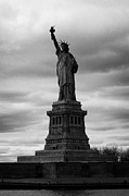American Independance Metal Prints - Statue of Liberty new york city Metal Print by Joe Fox