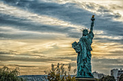 Oleg Koryagin - Statue of Liberty. Paris.