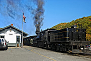 Wv Locomotive Photos - Steaming Away by Steve Harrington