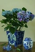 Flower Still Life Prints Prints - Still life with Blue Hydrangea and Chinese vase Print by Vickie Adams