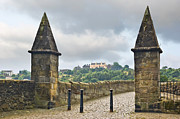 Jane McIlroy - Stirling Castle from the Old Bridge