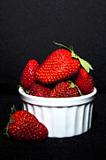 Serene Maisey - Strawberries in a Dish