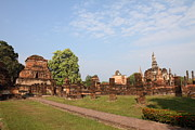 Sukhothai Historical Park - Sukhothai Thailand - 011344 Print by DC Photographer