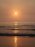 Sun Up Along Hampton Beach Print by Eunice Miller