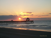 Paula Rountree Bischoff - Sunrise at Folly Beach