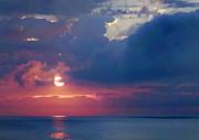Mikki Cucuzzo - Sunrise over the ocean