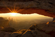 Andrew Soundarajan - Sunrise through Mesa Arch