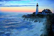New England Lighthouse Paintings - Sunset at Portland Head Lighthouse by Earl Jackson