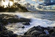 Wave Photos - Sunset in Hilo by Francesco Emanuele Carucci