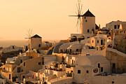 Sunset Oia Santorini Print by Saul Moreno