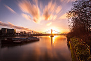 Stuart Gennery - Sunset over Albert Bridge