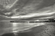 Dan Friend - Sunset pier black and white