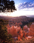 Hoodoo Prints - Sunset Point Sunrise Print by Ray Mathis