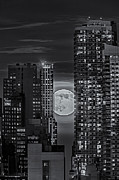 Nyc Art - Super Moon Rises Over The Big Apple BW by Susan Candelario