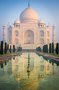 Inge Johnsson - Taj Mahal Dawn Reflection