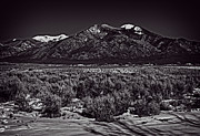 Taos Prints - Taos mountain in black and white Print by Charles Muhle