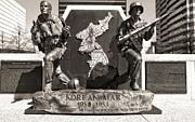 Tennessee Korean War Memorial Print by Dan Sproul