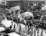 World Events Prints - Thanksgiving Day Parade Print by Underwood Archives