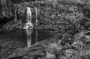 Jamie Pham - The beautiful and magical waterfalls along the Road to Hana in M