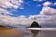 Sandy Beaches Framed Prints - The Beautiful Cannon Beach Oregon Framed Print by David Patterson