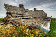 Historical Buildings Prints - The Beauty Of Barns 5 Print by Bob Christopher