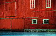 Pennsylvania Barns Framed Prints - The Broad Side of a Barn Framed Print by Lois Bryan
