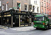 Irish Pubs Posters - The Duke In Dublin Poster by Mel Steinhauer