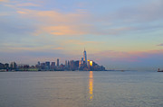 Nyc Digital Art - The Isle of Manhattan in the Morning by Bill Cannon