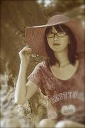 Tim Ernst - The Japanese girl