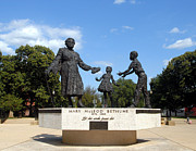 Walter Oliver Neal - The Mary McLeod Bethune Memorial
