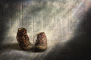 Still Life Digital Art - The memories begin to live .. by Veikko Suikkanen