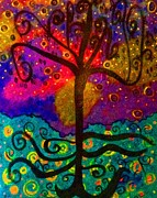 Red And Pink Sky Posters - The Oh My Gosh Tree Original Painting by Donna Daugherty Poster by Donna Daugherty