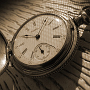 Series Art - The Pocket Watch by Mike McGlothlen