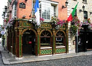 Taverns Framed Prints - The Quays In Dublin Framed Print by Mel Steinhauer
