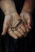 Ethiriel  Photography - The Secret Key