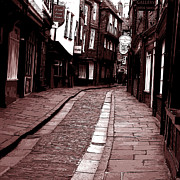 Yorkshire Photos - The shambles by Robert Gipson