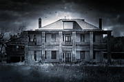 Gloomy Prints - The Texas Chainsaw Massacre - Hewitt House #9 Print by Trish Mistric