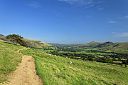 Peak District Posters - The Vale of Edale from the Pennine Way Poster by Rod Johnson